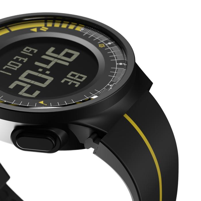 W500M 运行计时器腕表盒+2个运动手环,黑色和黄色